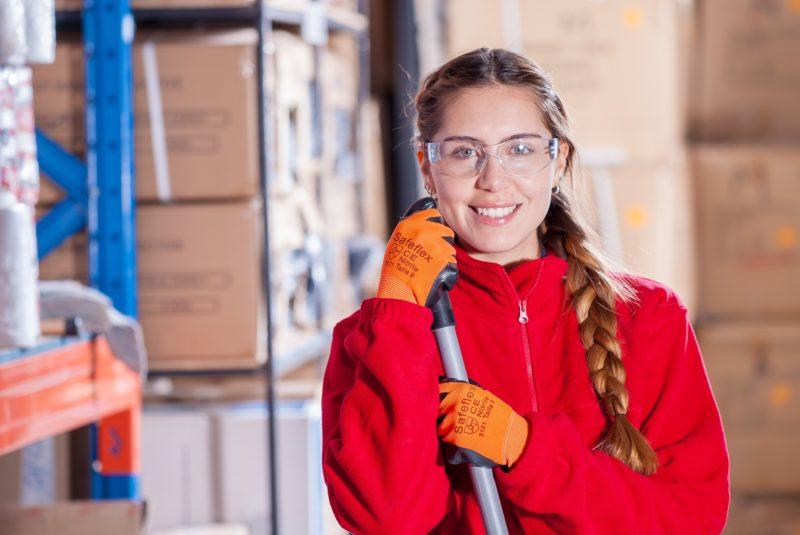 Frauen werden häufig in der Reinigungsbranche eingesetzt.